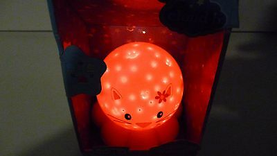 Cloud-b Dreamz Zoo Friendz Tri-Colour Constellation Nursery Night Light Kitten