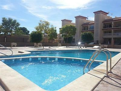 Modern 2 Bed Apartment for rent Costa Calida, Spain with pool. Weekly rate