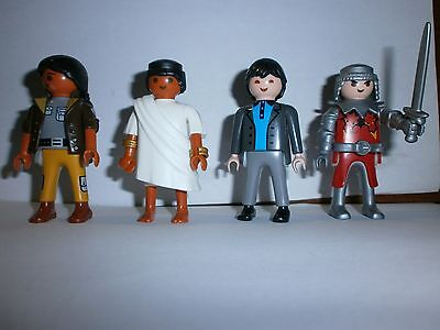 Lot N°1 : Personnages Playmobil