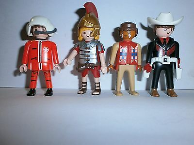 Lot N°14 : Personnages Playmobil