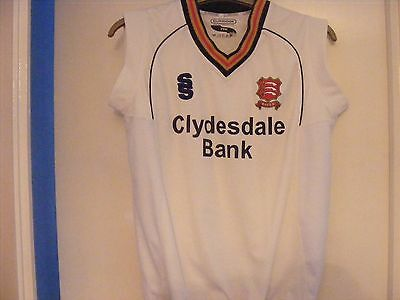 "Essex County Cricket Club Sleevless Pullover Size Youth 13-14 34"" Chest"