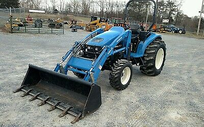 2003 New Holland TC35 Tractor 4x4 Loader