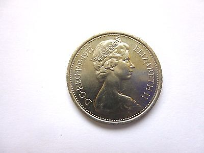 QUEEN ELIZABETH 2 5p PIECE DECIMAL COIN 1971 [UN CIRCULATED]