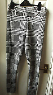 Checked Style Leggings Size 8/10