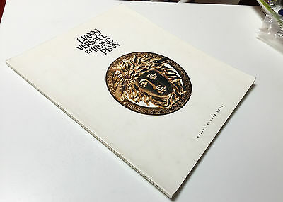catalog GIANNI VERSACE BY IRVING PENN limited edition spring summer 1992