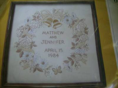 Creative Circle Wedding Remembrance Crewel Embroidery Kit #0835, 13x13 Inches/33