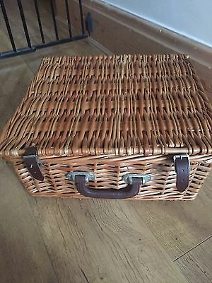 Vintage Optima Picnic Hamper Basket With Contents Cups Plates Cutlery Etc