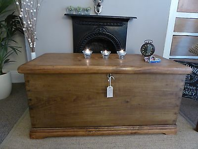 Victorian Pine/Elm Old Vintage Chest / Trunk/ Blanket Box/ Coffee Table/ Storage