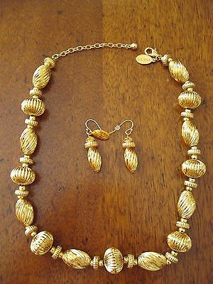Metropolitan Museum Of Art Deccan Fluted Gold Bead Necklace And Earrings - New