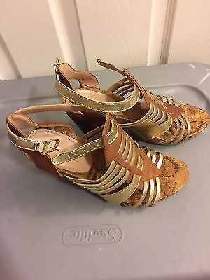 BCBGeneration Women's Size 9 Wedge Sandals