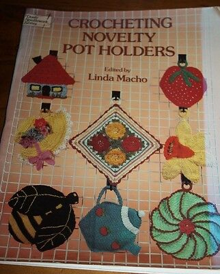 Craft book - crocheting novelty pot holders by Linda Macho Crochet