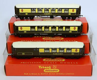 TRIANG OO 3x PULLMAN COACHES 2x R228 & BRAKE EXC TO Nr MINT MAINLY Nr MINT BOXES