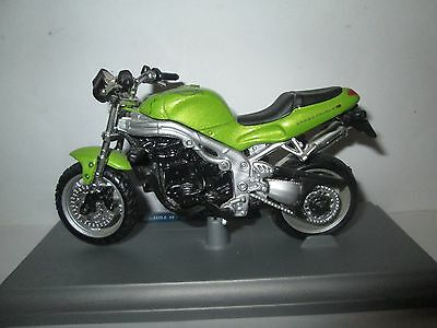 Triumph Speed Triple  1-18 Scale Maisto  Motorcycle Model