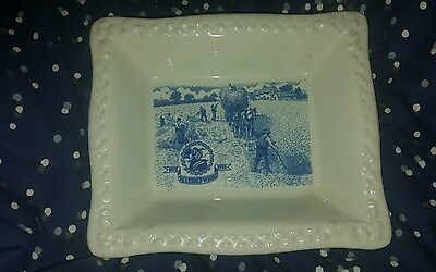 Shredded Wheat Dish 1892-1992 - Blue &White excellent  Condition