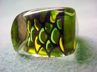 Vintage Retro Clear Lucite Iridescent Green Yellow Black Ring Size 5 1/2