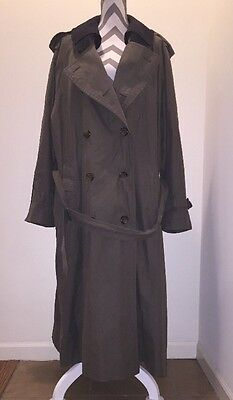 Vintage Burberry Men's Trench Coat, Jacket with Removable Wool Lining, 46 Long
