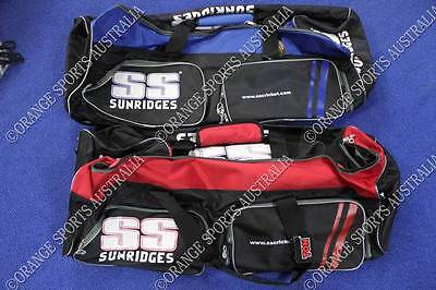 SS PROFESSIONAL CRICKET Kit Bag for PROFESSIONAL PLAYERS