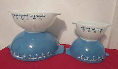 Vintage Pyrex Snowflake Nesting Mixing Bowls Set Of 4 Blue And White Pour Tab