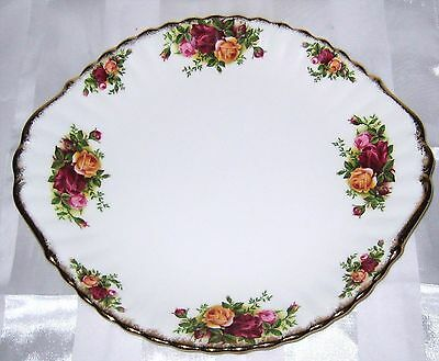 Royal Albert - Old Country Roses -  Handled Cake Plate (Excellent)