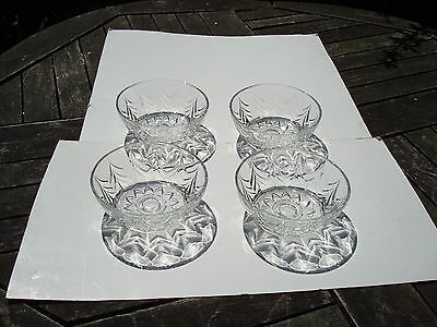 """4 X Clear Glass Fruit Or Cereal Bowls Dishes 5"""" Across And 2"""" Deep"""