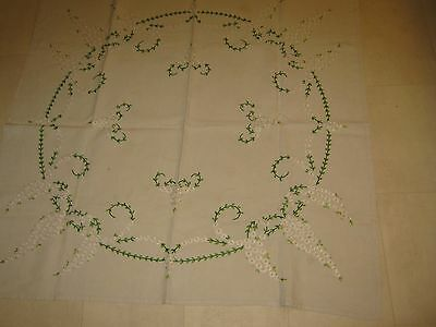 """Vintage English linen table cloth - hand-embroidered - Approx. 42"""" square"""