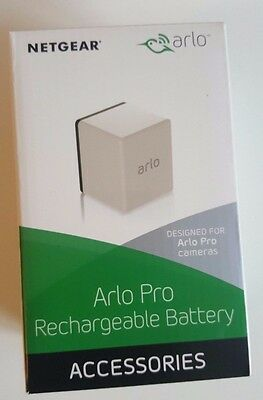 Arlo - Rechargeable battery for Arlo Pro - White - with AC Adapter