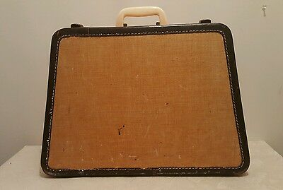 Vintage Full Sized Trapezoid Singer Sewing Machine Case tapered