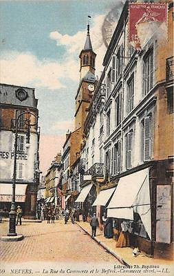 Cpa 58 Nevers Rue Du Commerce