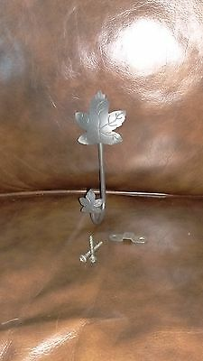 Longaberger Wrought Iron Maple Leaf Wall Hook With Hardware
