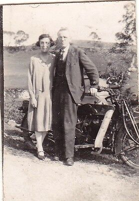 Vintage Old Photo Man And Lady Stood With Motorbike By Stone Wall 1920's