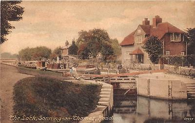 Cpa Angleterre The Stock Sonning On Thames Reading