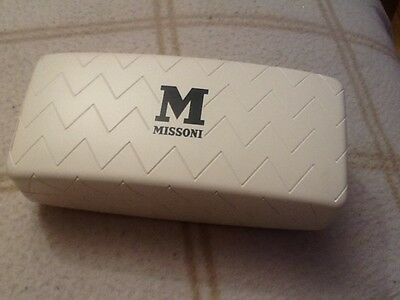New MISSONI White Hard Case Sunglasses / Cleaning Cloth