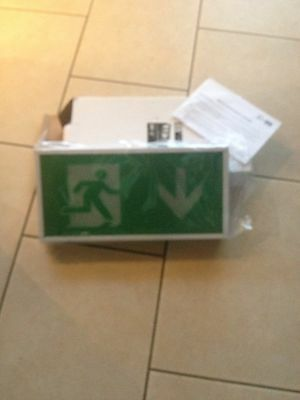 Em Run Wall Mounted Led Emergency Exit Sign