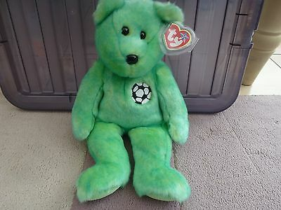 "TY Beanie Buddy ""Kicks the Football Bear "" Made in China, P.E Pellets."