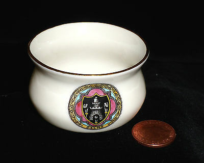 Goss Crested China Ancient Cooking Pot Rayleigh Castle 77699 Calne Crest Vgc!