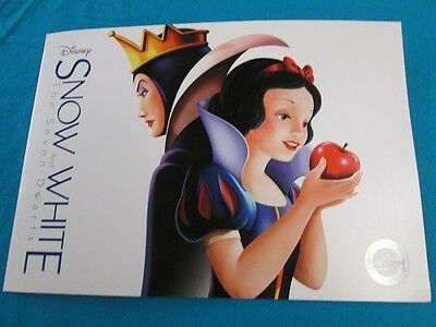 Disney Store Snow White and The Seven Dwarfs Lithograph Set of 4