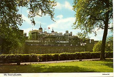 The Tower of London - London - Postcard 1971