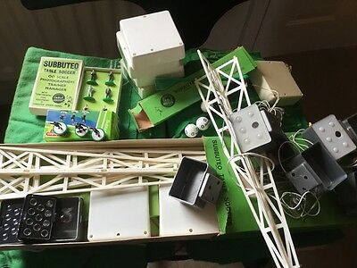 subbuteo floodlights, old pitches x6, linesman, cameramen, balls