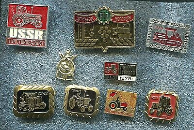Russia USSR TRACTOR Tematic 8 Pin Badge