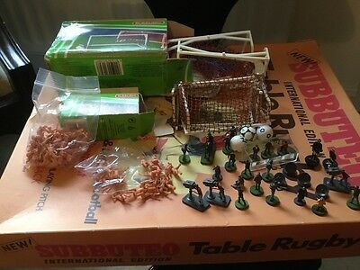 Subbuteo cameramen, dishes, goals, lots of fans, dug out etc