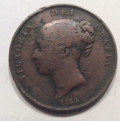 Old VINTAGE 1854 Farthing Young Head With Bun,  Queen Victoria.