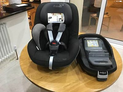 MC family fix base and pearl car seat