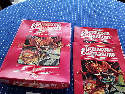 dungeons and dragons. Set 1. Basic rules. Books and dice
