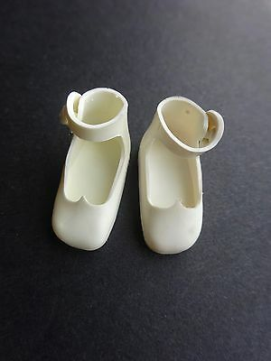 VINTAGE WHITE SHOES FOR 8 INCH BETSY McCALL DOLL