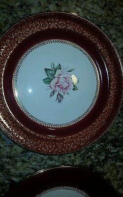 Set of 4 Homer Laughlin Lady Stratford Maroon 22K Gold Filigree Dinner Plates