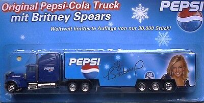 PEPSI Cola ( Britney Spears ) / truck, US Freightliner + trailer, Scale HO/1:87