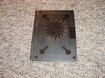 Dragon Age II Collectors Edition Hardcover Strategy Guide
