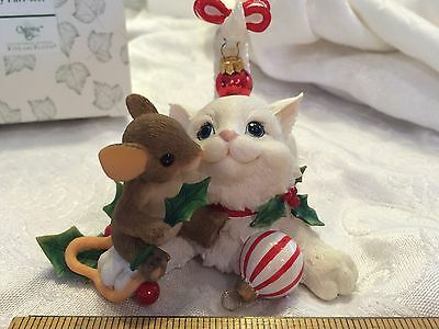 """Charming Tails """"FRIENDS MAKE THE HOLIDAY PURR-FECT""""  MOUSE CAT CHRISTMAS FITZ"""