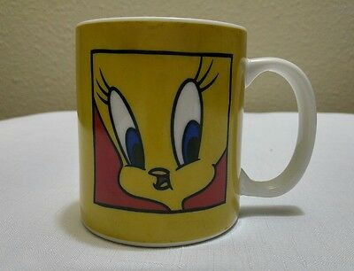 Tweety Bird Coffee Cup Mug I tawt I taw a Puddy Tat 1991 Warner Bros Looney Tune
