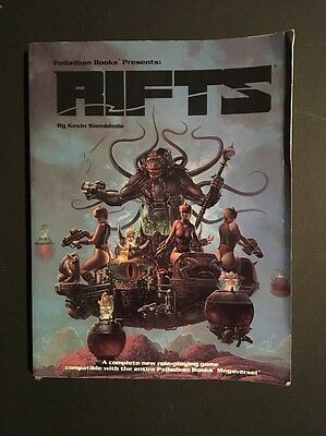 Rifts / Role Playing Game Manual / 1995 Edition